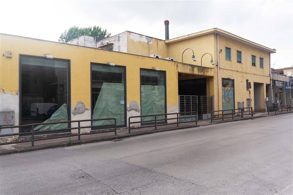 Locale commerciale in Via Irno 205, Irno, Salerno