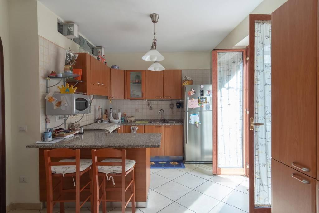 Appartamento indipendente, Carmine, Salerno, ristrutturato