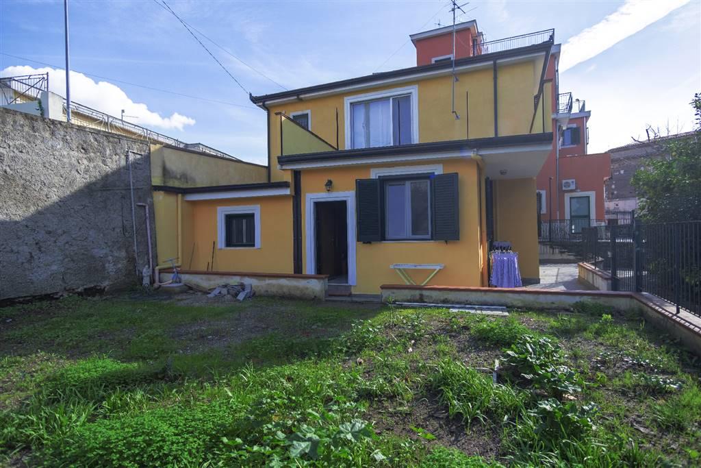 Villino, Brignano, Salerno, ristrutturato