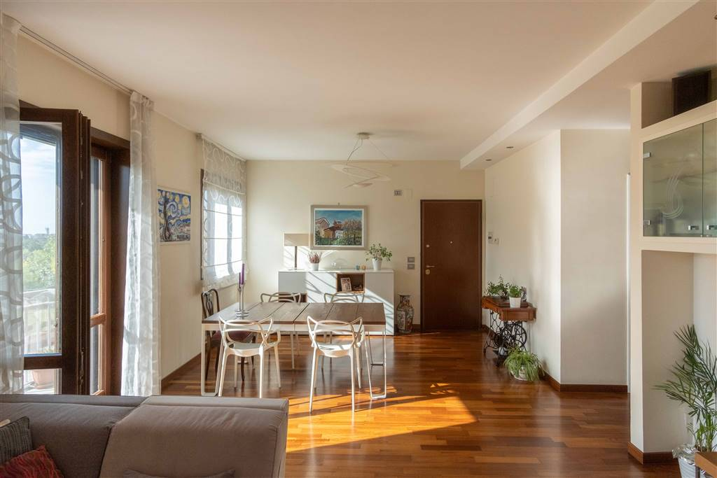 MATIERNO, SALERNO, Apartment for sale of 100 Sq. mt., Restored, Heating Individual heating system, Energetic class: G, placed at 1° on 3, composed