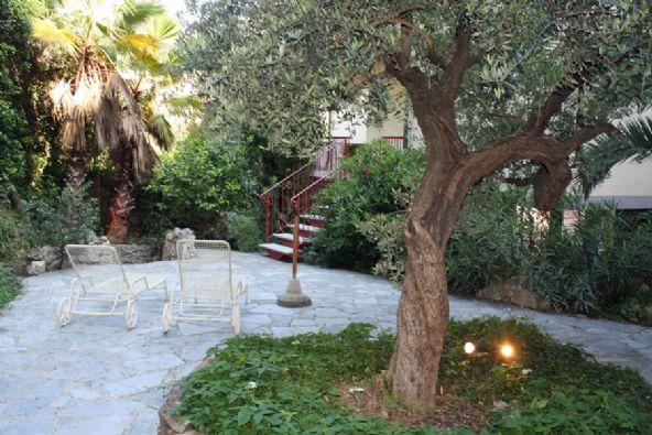 Appartamento in vendita a Lerici, 3 locali, zona aro, prezzo € 340.000 | PortaleAgenzieImmobiliari.it