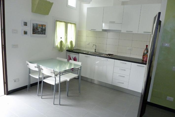 Appartamento in vendita a Lerici, 2 locali, prezzo € 115.000 | PortaleAgenzieImmobiliari.it