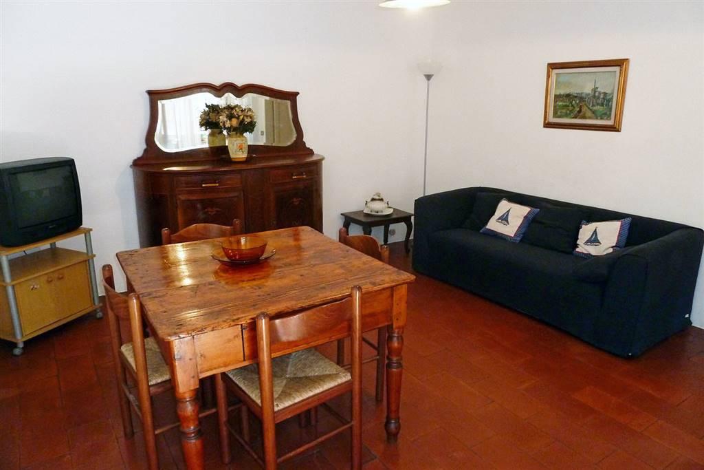 Appartamento in affitto a Lerici, 4 locali, prezzo € 1.000 | PortaleAgenzieImmobiliari.it