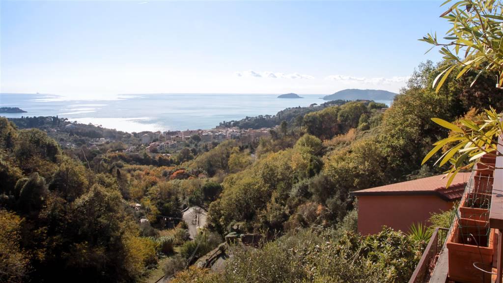 Appartamento in vendita a Lerici, 3 locali, zona iola, prezzo € 210.000 | PortaleAgenzieImmobiliari.it