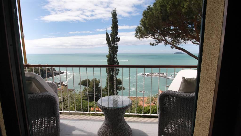 Appartamento in affitto a Lerici, 2 locali, zona aro, Trattative riservate | PortaleAgenzieImmobiliari.it