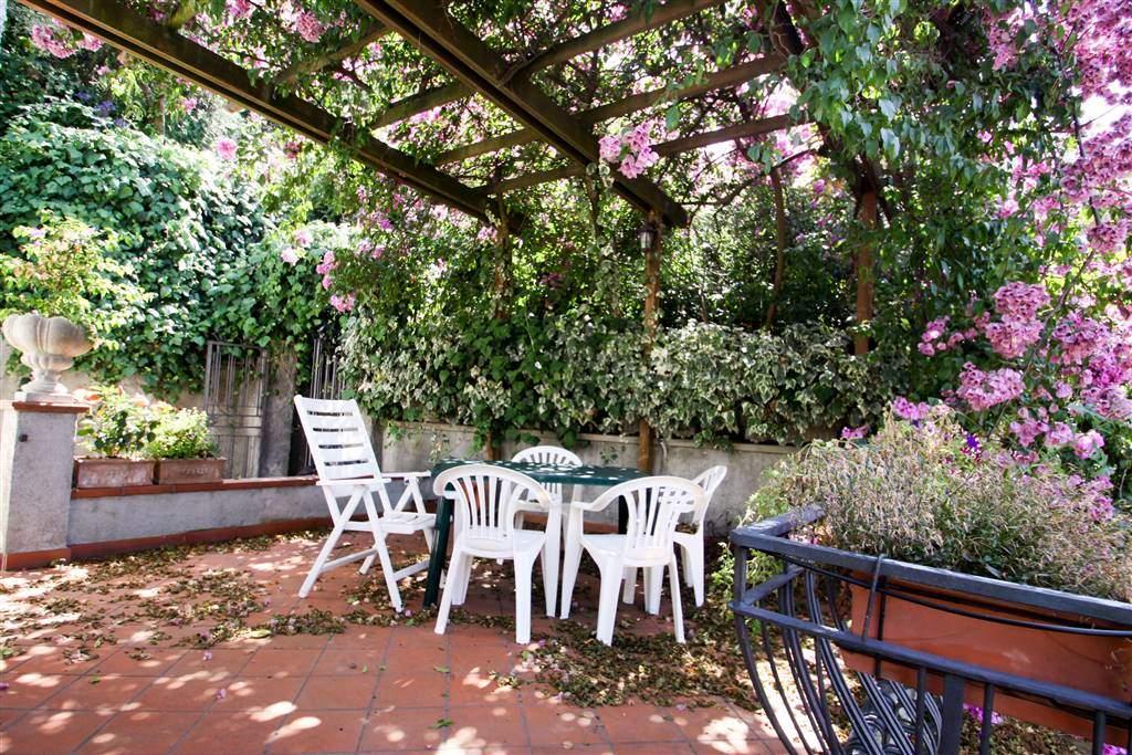 Appartamento in vendita a Lerici, 6 locali, prezzo € 380.000 | PortaleAgenzieImmobiliari.it