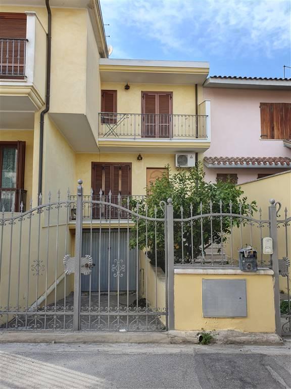 Villa a schiera, Settimo San Pietro, seminuova