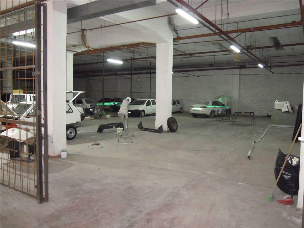 Immobile Commerciale in vendita a Roma, 3 locali, zona Zona: 37 . Morena - Ciampino - Trigoria - Falcognana, prezzo € 649.000   CambioCasa.it