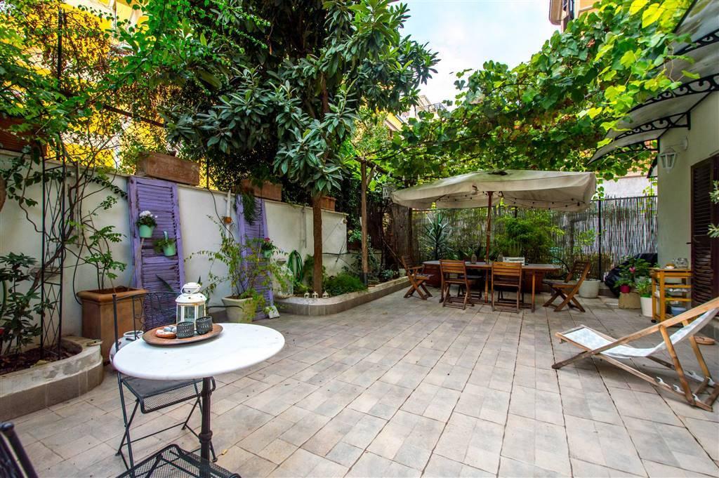 Appartamento in vendita a Roma, 4 locali, zona Zona: 30 . Prati, Borgo, San Pietro, prezzo € 519.000 | CambioCasa.it
