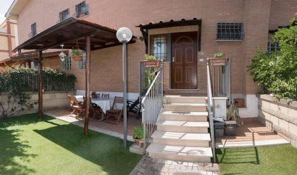 Appartamento in vendita a Roma, 3 locali, zona Zona: 37 . Morena - Ciampino - Trigoria - Falcognana, prezzo € 229.000   CambioCasa.it