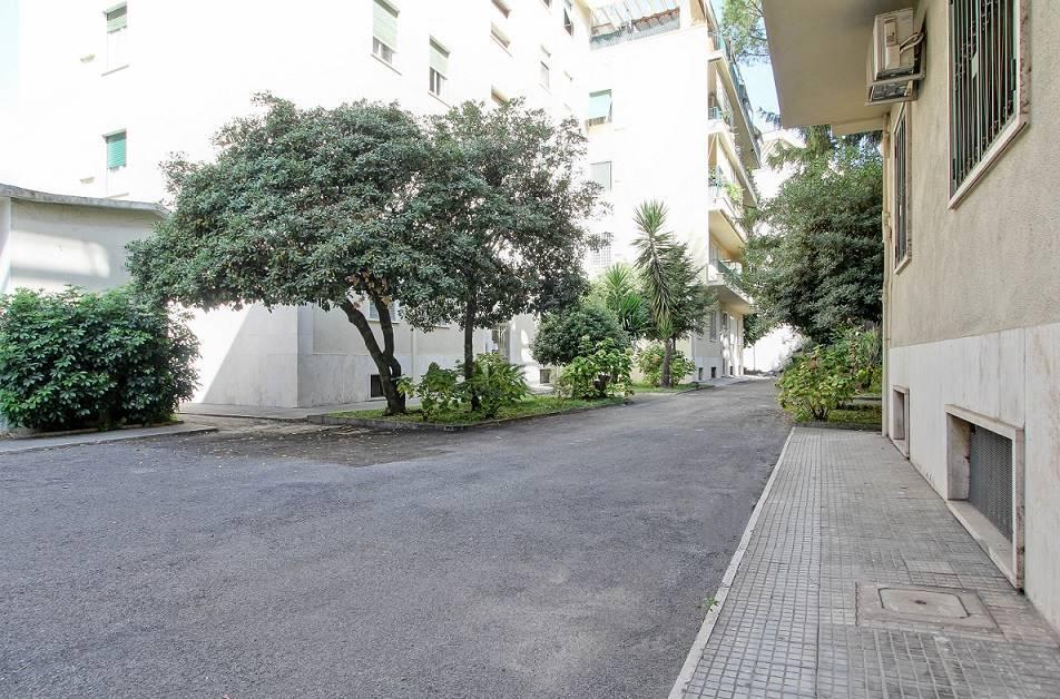 Appartamento in vendita a Roma, 3 locali, zona Zona: 30 . Prati, Borgo, San Pietro, prezzo € 430.000 | CambioCasa.it