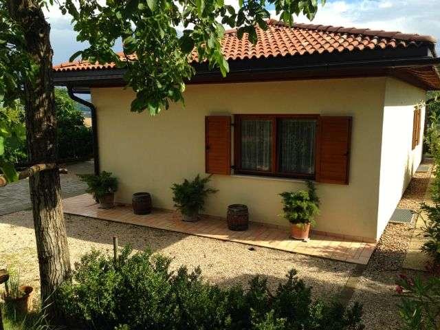 Casa singola, Monte Vibiano, Marsciano, seminuova