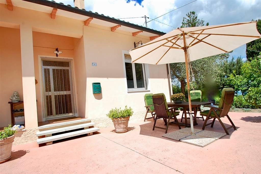 Casa singola, Mombaroccio, ristrutturata