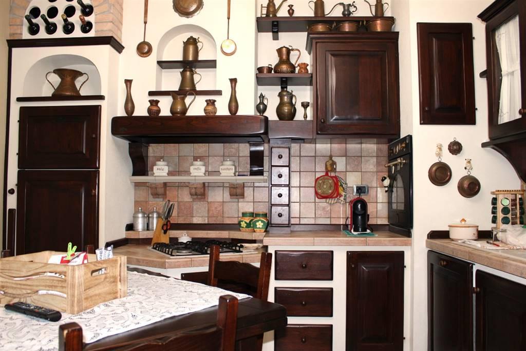 Bifamiliare, Borgo Di Ronta, Cesena, ristrutturato