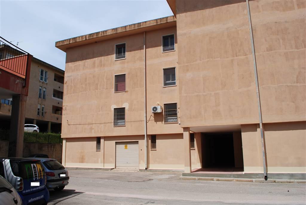 Quadrilocale in Via Dei Sanniti, Periferia Nord, Matera