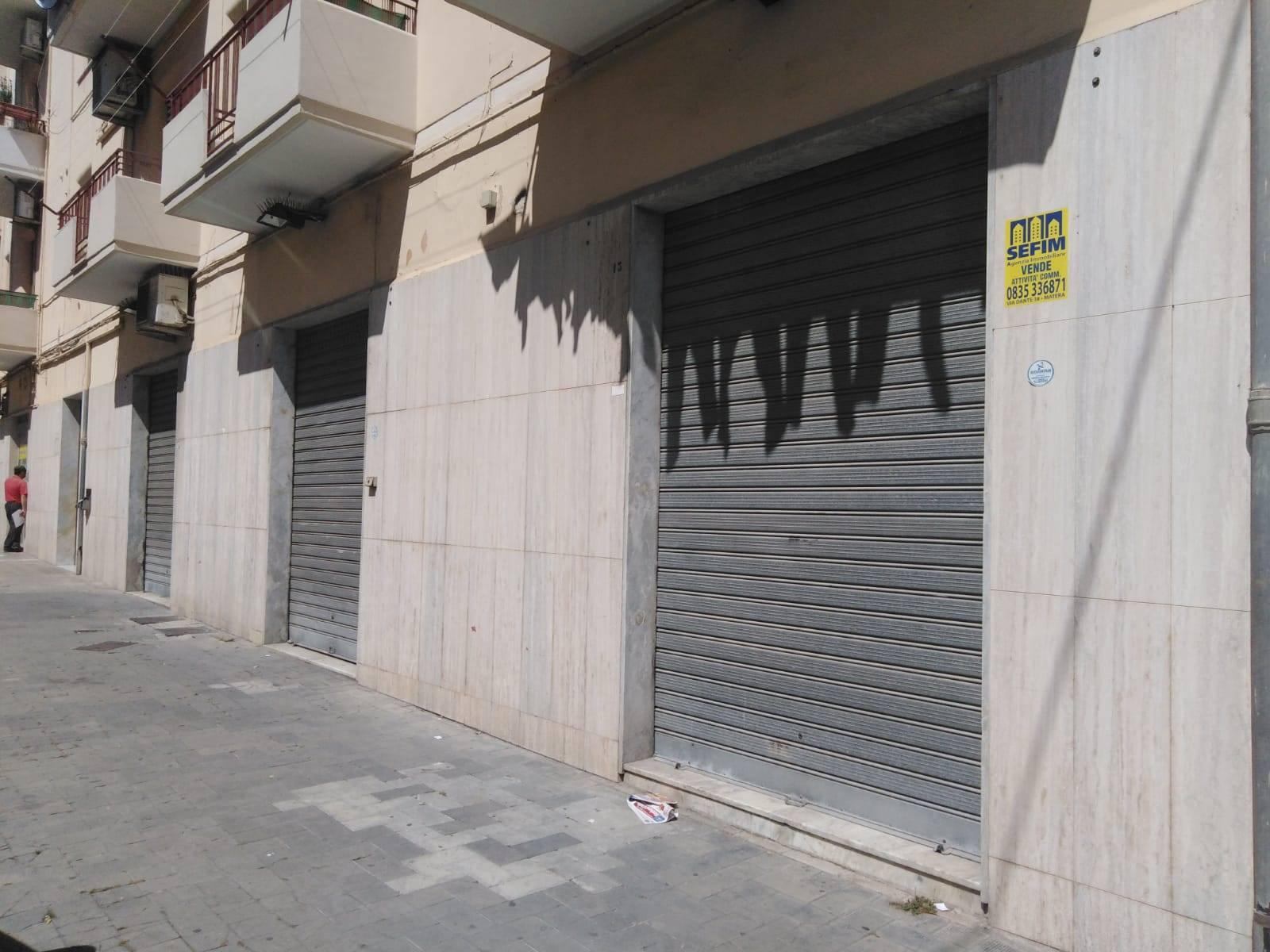 Attività / Licenza in affitto a Matera, 3 locali, zona Zona: Semicentro Nord, prezzo € 3.300 | CambioCasa.it