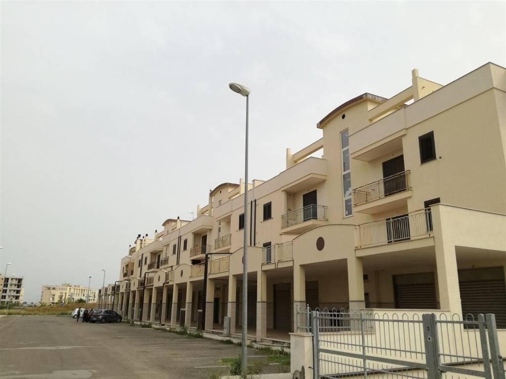 Appartamento in vendita a Scanzano Jonico, 4 locali, Trattative riservate | CambioCasa.it