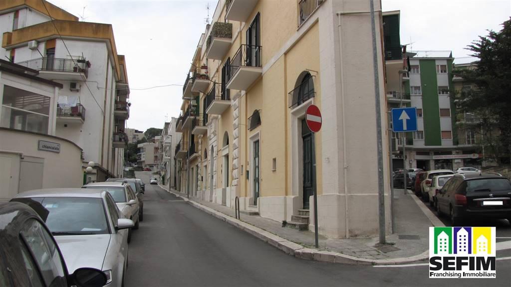 Appartamento in vendita a Matera, 4 locali, zona Zona: Semicentro Sud, prezzo € 250.000 | CambioCasa.it