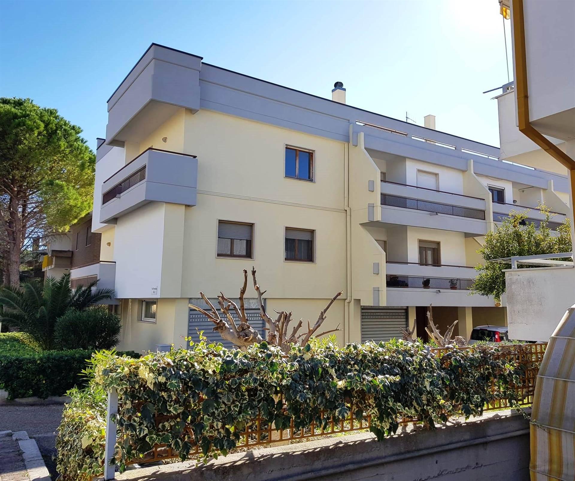 Appartamento in vendita a Matera, 3 locali, zona Zona: Periferia Sud, prezzo € 230.000 | CambioCasa.it