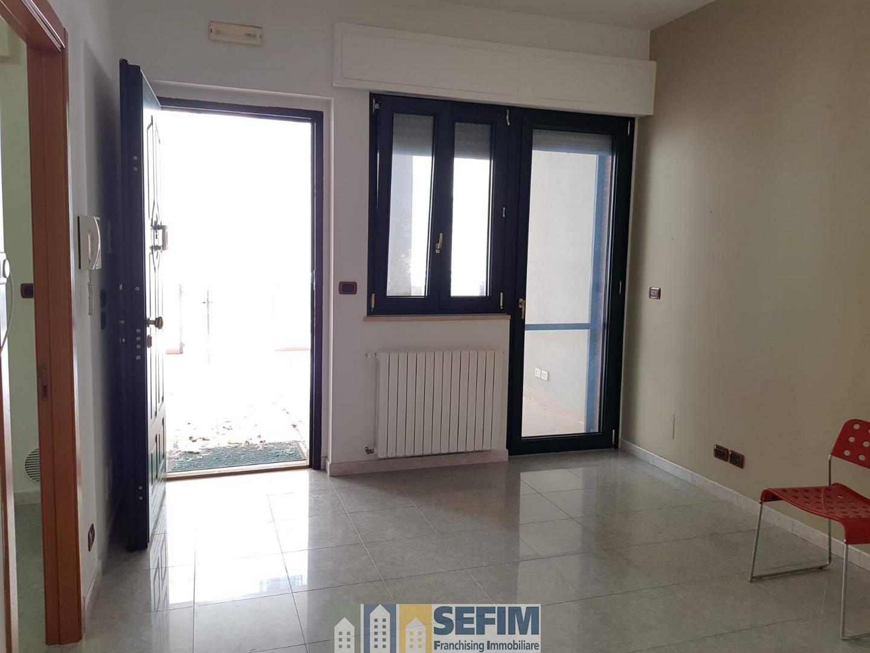 Ufficio / Studio in affitto a Matera, 3 locali, zona Zona: Centro direzionale, prezzo € 650 | CambioCasa.it