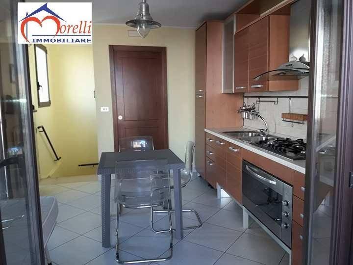 Casa singola in vendita a barletta zona centro barletta for Case arredate barletta