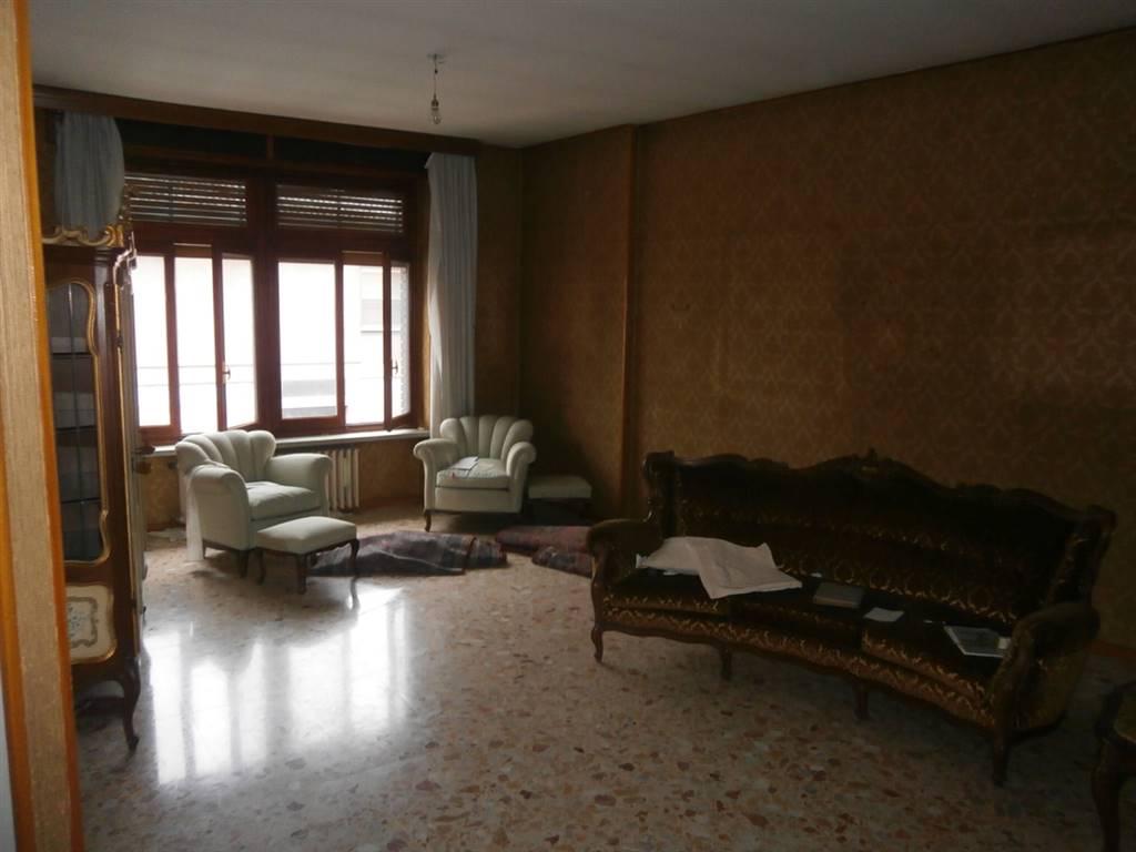 Appartamento indipendente, Robbio, abitabile
