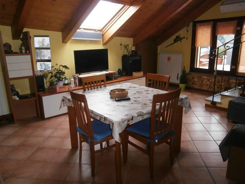 appartement mansardé in vente au vigevano (pavia) - rif. 100_40