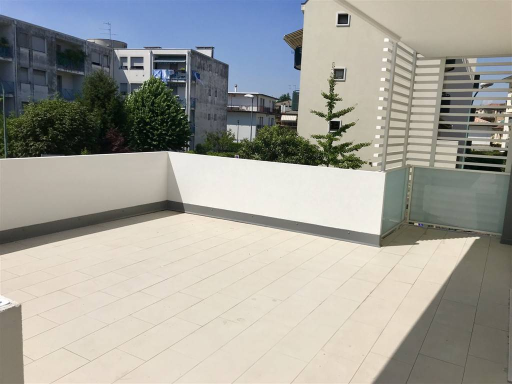 terrazza appartamento - Rif. 33CARA09