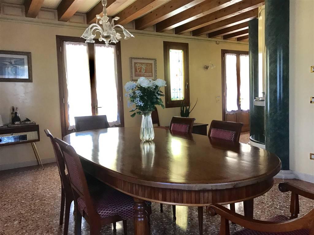 Sala da pranzo casa Salzano - Rif. 120MAS