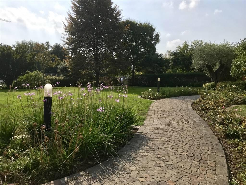 Giardino casa Salzano - Rif. 120MAS