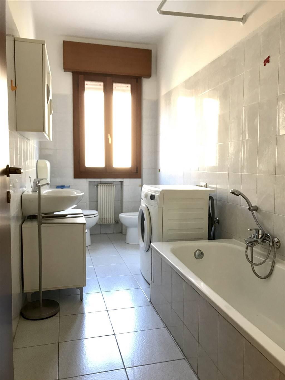 bagno appartamento Marghera Catene
