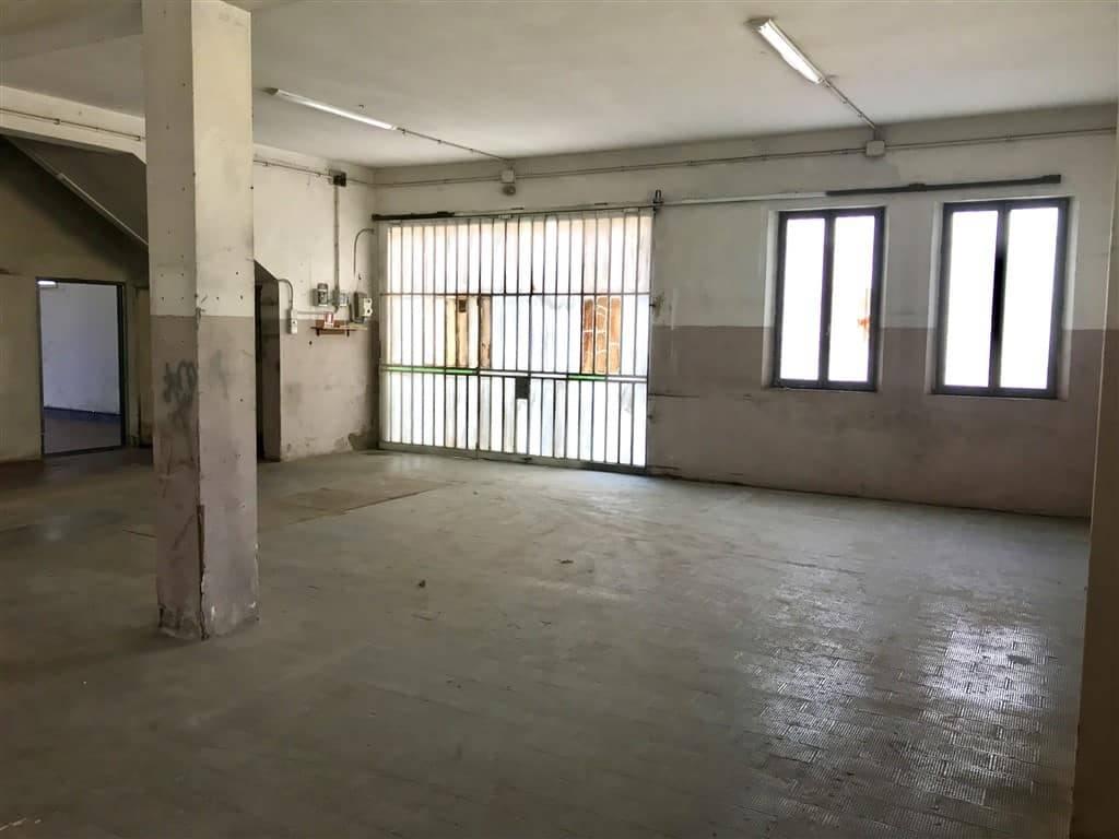 magazzini laboratori locazione Marghera