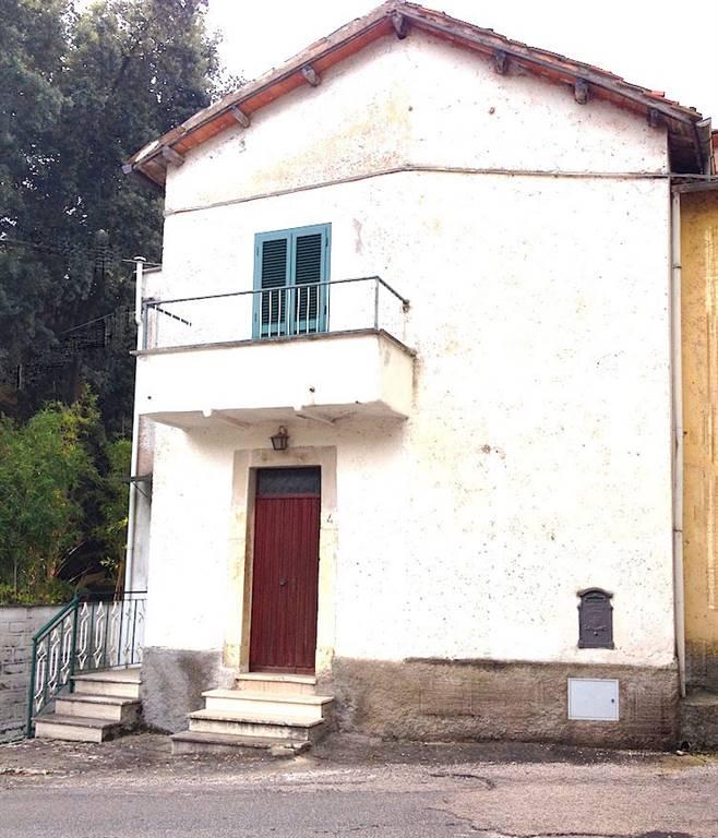 Casa semi indipendente, San Martino, Roccantica
