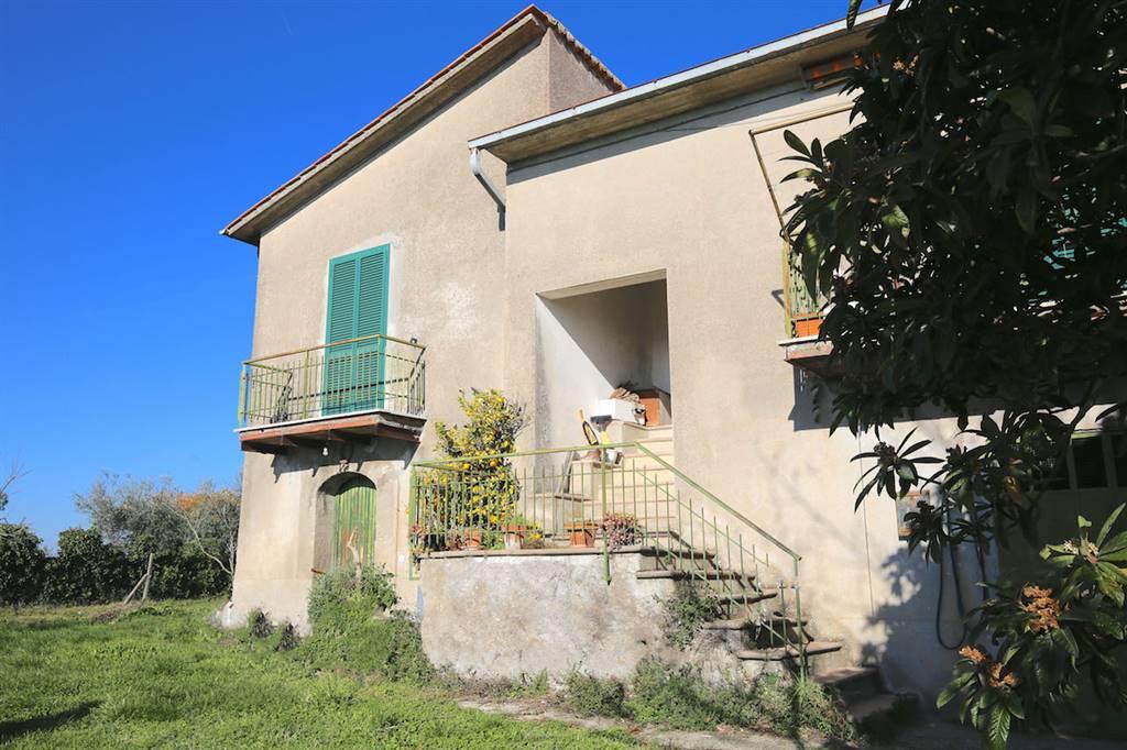 Casa semi indipendente, Cantalupo In Sabina, da ristrutturare