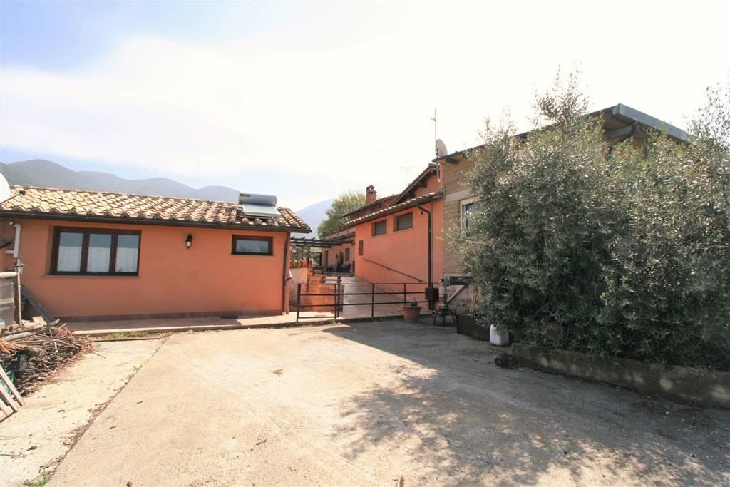 Rustico casale in Via Santa Maria, Santa Maria In Legarano, Casperia