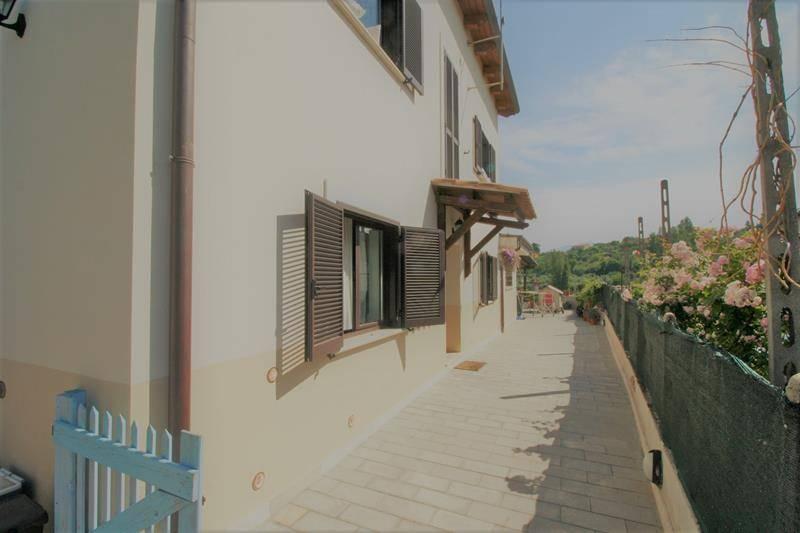 Casa singola in Via Della Circonvallazione 25, Forano