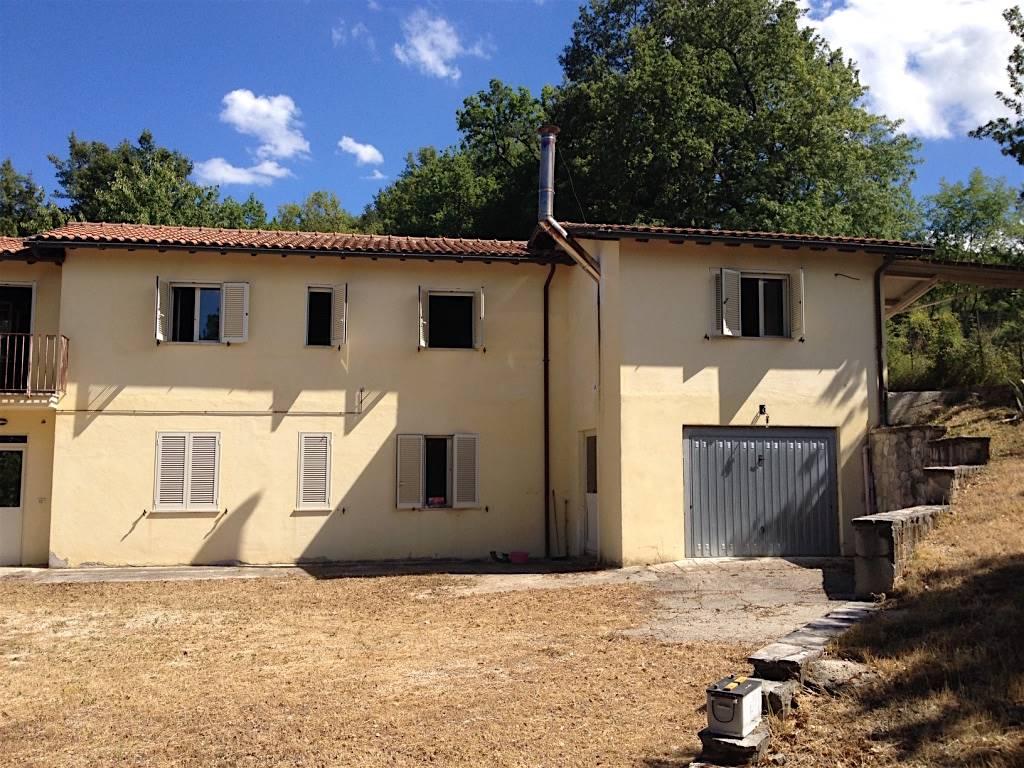 Rustico casale in Vocabolo Capannacce  Snc, San Benedetto, Rieti