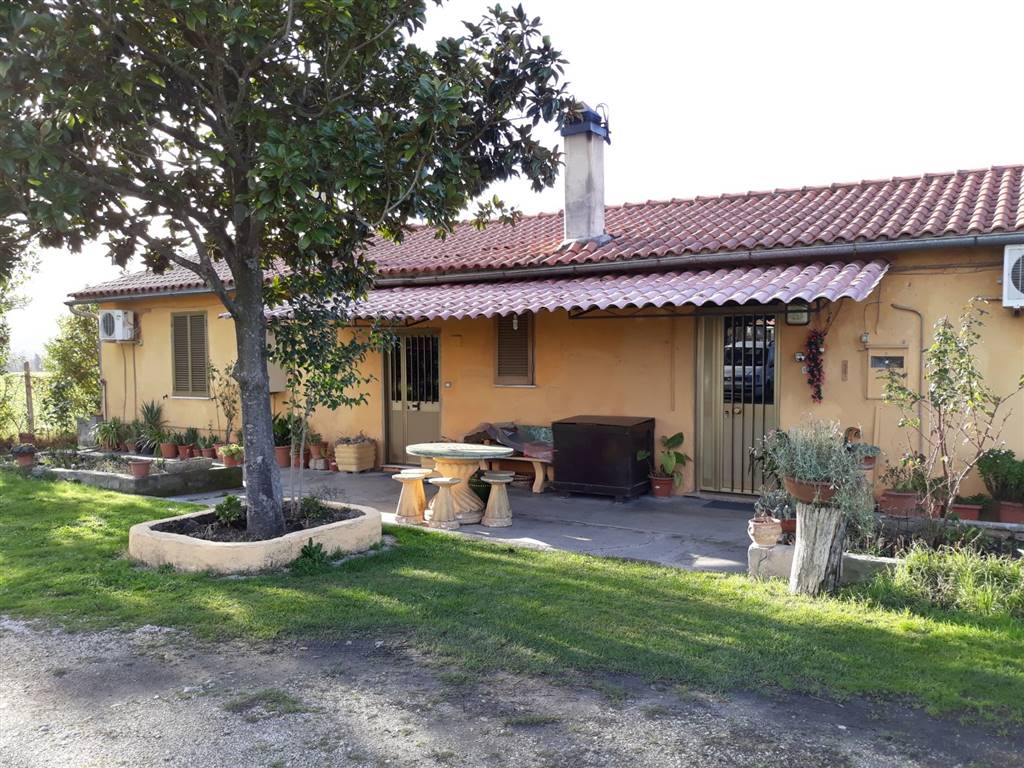 Casa singola, Poggio Mirteto Scalo, Poggio Mirteto, abitabile