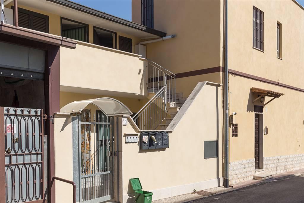 Bilocale in Via Caprolano 23, Roma