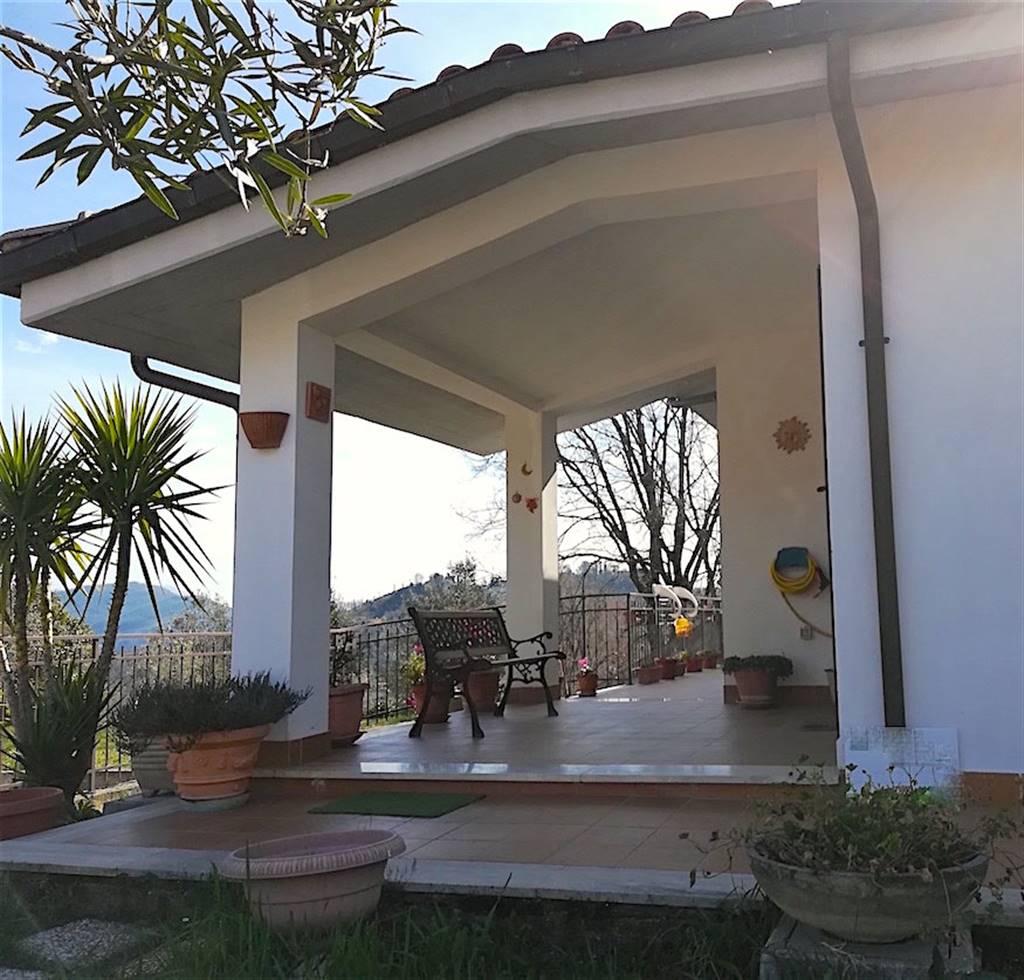 Casa semi indipendente in Via Paradiso, Montopoli Di Sabina