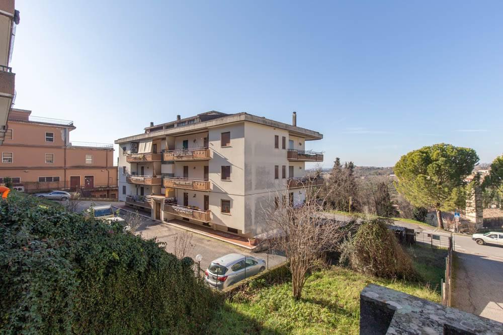 Appartamento in Via Giacomo Matteotti  49, Poggio Mirteto
