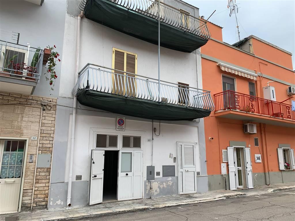Soluzione Indipendente in vendita a Palagiano, 5 locali, zona Località: TRAVERSA VIALE STAZIONE, prezzo € 83.000   CambioCasa.it