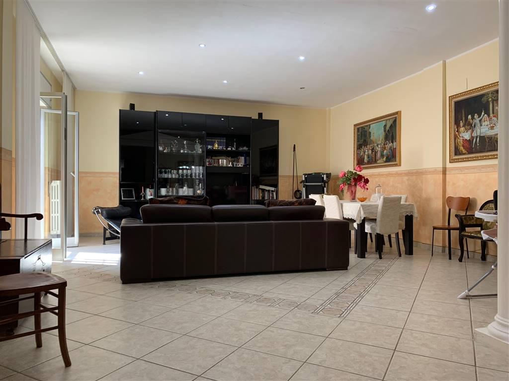 Appartamento in vendita a Palagiano, 4 locali, prezzo € 110.000 | PortaleAgenzieImmobiliari.it