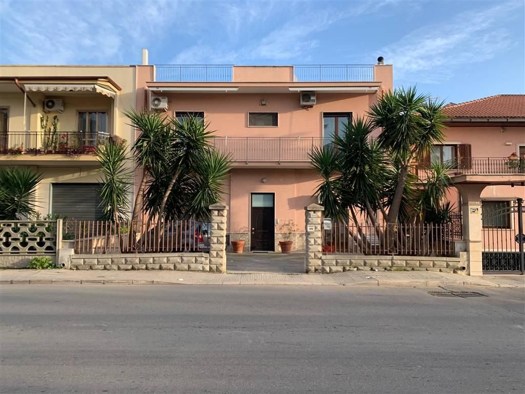Appartamento in vendita a Palagiano, 4 locali, prezzo € 160.000 | PortaleAgenzieImmobiliari.it