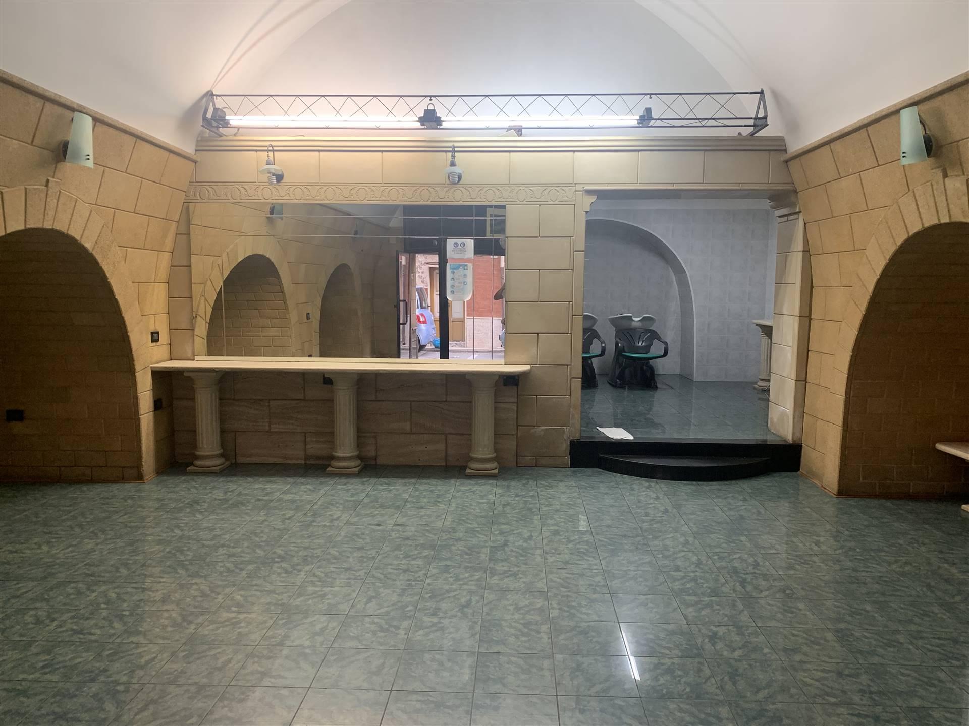 Laboratorio in vendita a Palagiano, 2 locali, prezzo € 48.000   CambioCasa.it