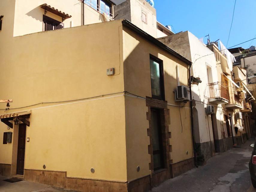 Appartamento indipendente in Cortile San Vito, Sciacca