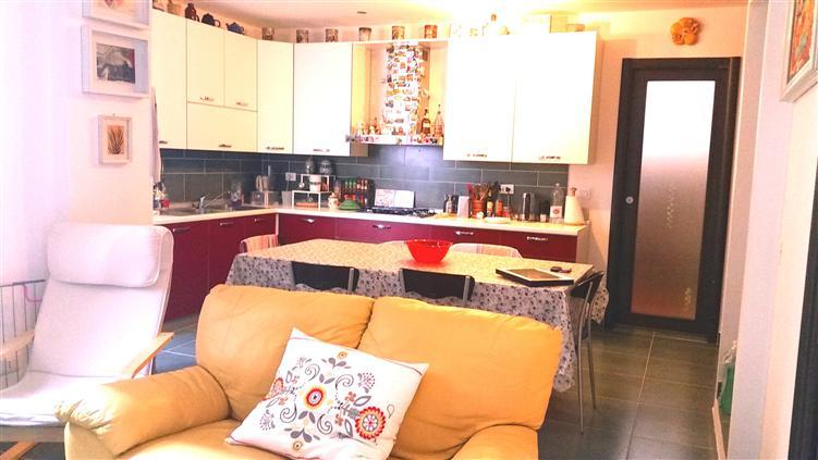 Appartamento in Via Andrea Chiaramonte 9, Centro Storico, Palermo