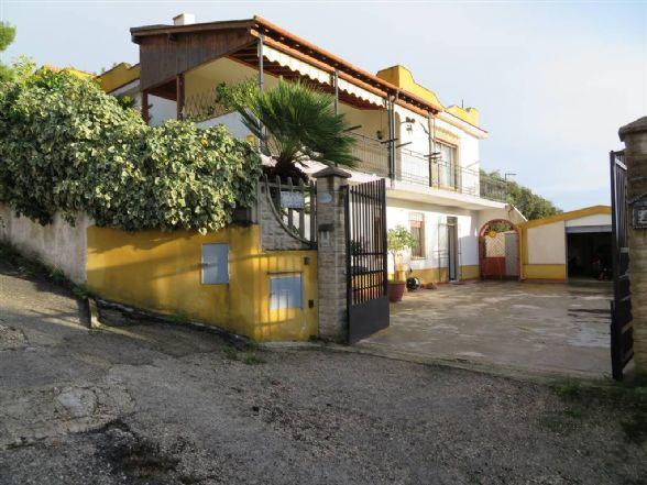Villa, Sciacca