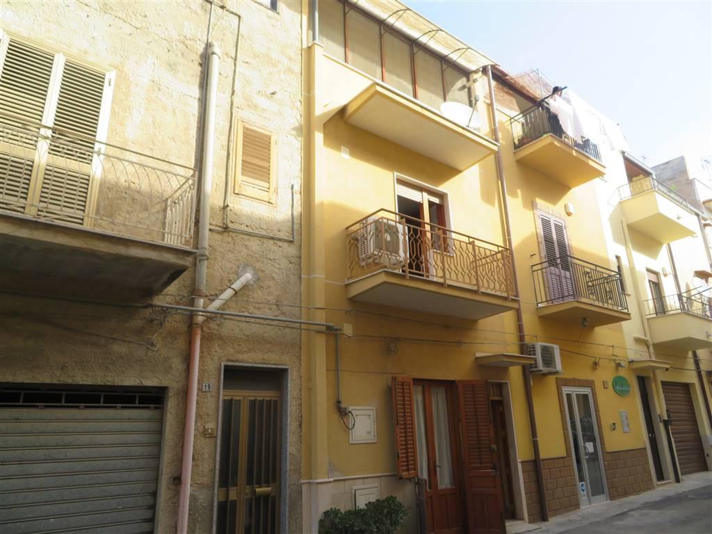 Appartamento indipendente in Via Palma  21, Ribera