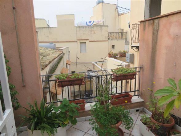 Appartamento indipendente in Via San Carlo  28, Sciacca